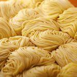 黄金の福ワンタンまくり 飯倉本店の麺